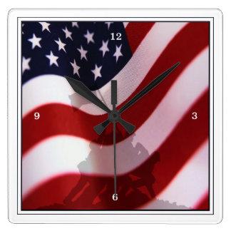 Aumento de la bandera en Iwo Jima Reloj Cuadrado