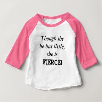 Aunque ella sea pero poco… Camisa del raglán del