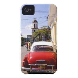 Auto americano clásico viejo en Guanabacoa una iPhone 4 Fundas