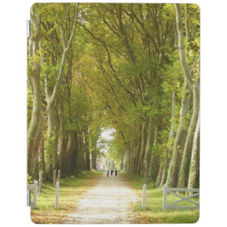 Avenida de la cubierta del iPad de los árboles