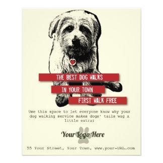 Aviador que camina del perro - personalice todo el folleto 11,4 x 14,2 cm