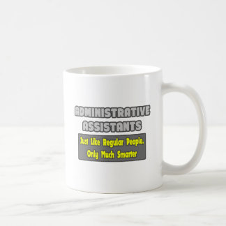 Ayudantes administrativos… más elegantes taza básica blanca