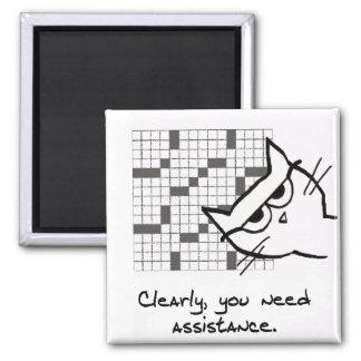 Ayudas del gato con el crucigrama - imán divertido