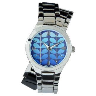 Azul danés de las hojas, de la marina de guerra y reloj de mano