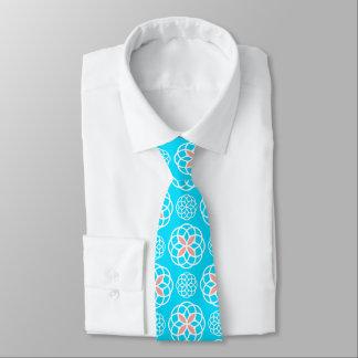 Azul de cielo y corbata de los círculos del coral