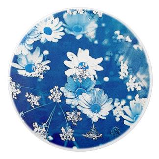 Azul de la margarita pomo de cerámica