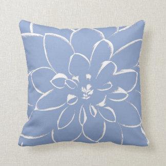 Azul de la serenidad de la dalia cojín decorativo