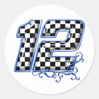 azul del número 12 el competir con auto etiqueta