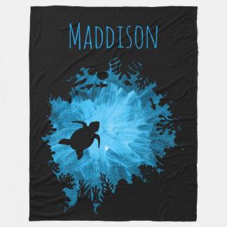 Azul hermoso del negro de la sombra de la tortuga manta polar