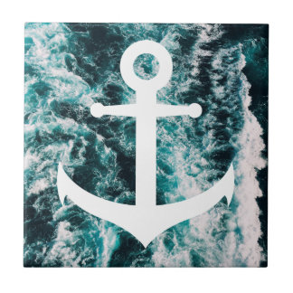 Azulejo Ancla náutica en fondo de la foto del océano
