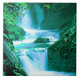 Azulejo Cascada serena en azul y verde