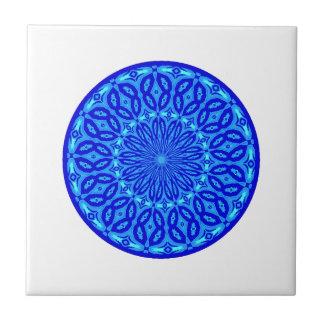 Azulejo De Cerámica Aguamarina elegante y mandala azul del resplandor