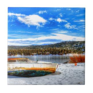Azulejo De Cerámica Barco en nieve en el lago big Bear, California