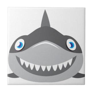 Azulejo De Cerámica cara feliz linda del tiburón