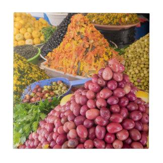 Azulejo De Cerámica Comida conservada en vinagre en el mercado