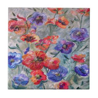 Azulejo De Cerámica Flores en un campo del verde