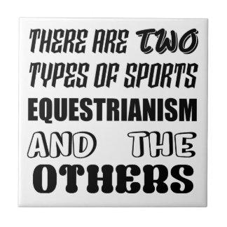 Azulejo De Cerámica Hay dos tipos de Equestrianism y de ot de los