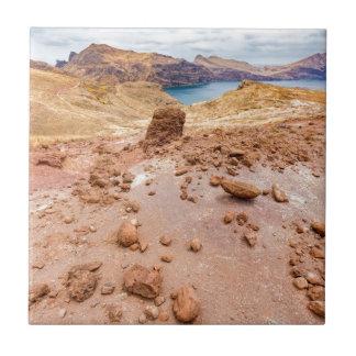 Azulejo De Cerámica Paisaje lunar de Moonscape con las rocas en la