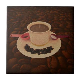 Azulejo De Cerámica Taza de café con los bocados de chocolate oscuro
