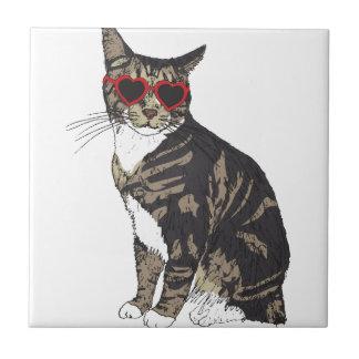 Azulejo De Cerámica Vidrios del corazón del gato que llevan