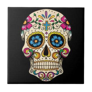 Azulejo Día del cráneo muerto del azúcar con la cruz