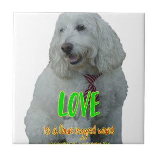 Azulejo El amor es una palabra legged cuatro