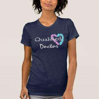 Azules marinos calificados del doctor In Camisetas
