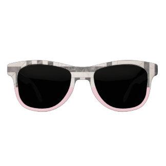 B&W abstracto y gafas de sol rosadas de la