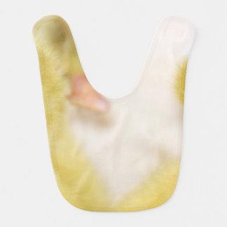Babero Anadones amarillos mullidos