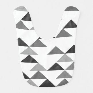 Babero Triángulo moderno