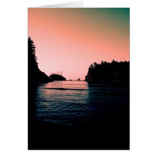Bahía de la puesta del sol tarjeta de felicitación