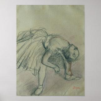 Bailarín que fija su deslizador, c.1865 posters