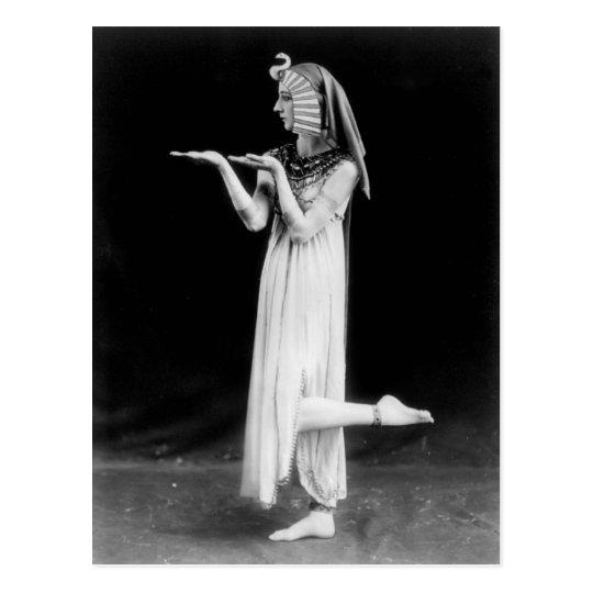 Bailarín ruso en el traje de Cleopatra Postal