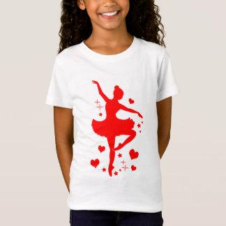 Bailarina con los corazones en silueta camiseta