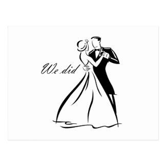 Baile pasado de moda de los pares del boda postal