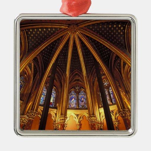 Baje la capilla del La Sainte-Chapelle, París, Adorno