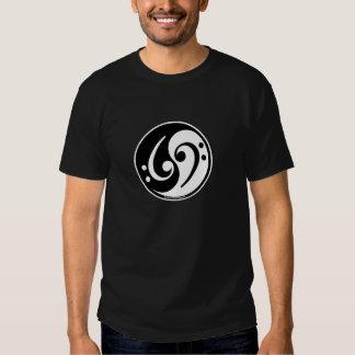 bajo de yin-Yang Camiseta