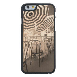 Balcón pintoresco del restaurante, Italia Funda De Arce Para iPhone 6 De Carved