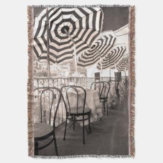 Balcón pintoresco del restaurante, Italia Manta Tejida