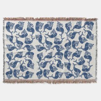 Ballenas azules estilizadas manta