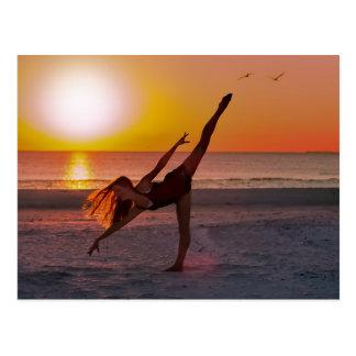 Ballet de la puesta del sol postal