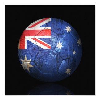 Balón de fútbol australiano gastado de fútbol de b comunicado