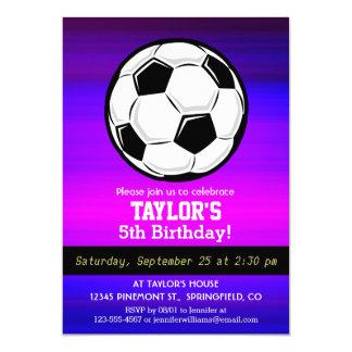 Balón de fútbol; Azul violeta y magenta vibrantes Invitación 12,7 X 17,8 Cm