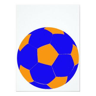 Balón de fútbol azul y anaranjado invitación 13,9 x 19,0 cm