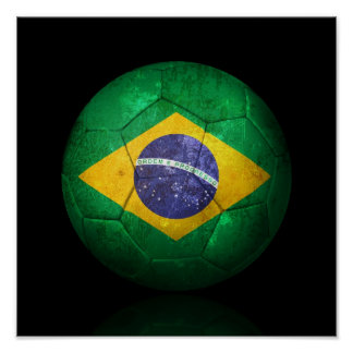 Balón de fútbol brasileño gastado de fútbol de póster
