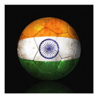 Balón de fútbol indio gastado de fútbol de bandera comunicados