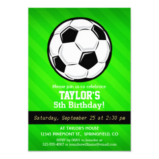 Balón de fútbol; Rayas verdes de neón Invitación 12,7 X 17,8 Cm