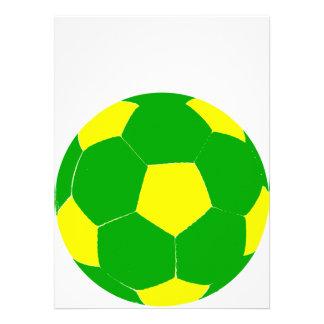 Balón de fútbol verde y amarillo anuncio