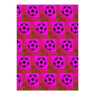 Balones de fútbol fucsias