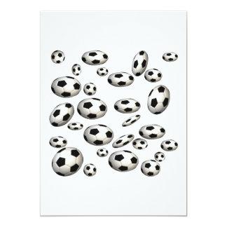 Balones de fútbol comunicado